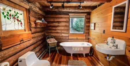 madera en los baños